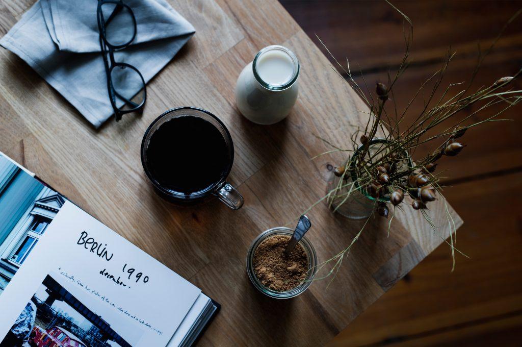 almond milk, plant based milk, how to make milk, how to make vegan milk, vegan milk, vegan recipes