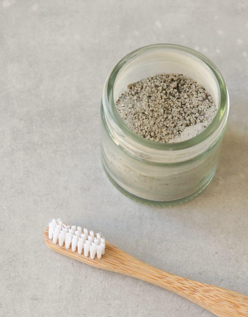 vegan zero-waste toothpaste zero-waste lifestyle zero-waste toothpowder vegan toothpaste