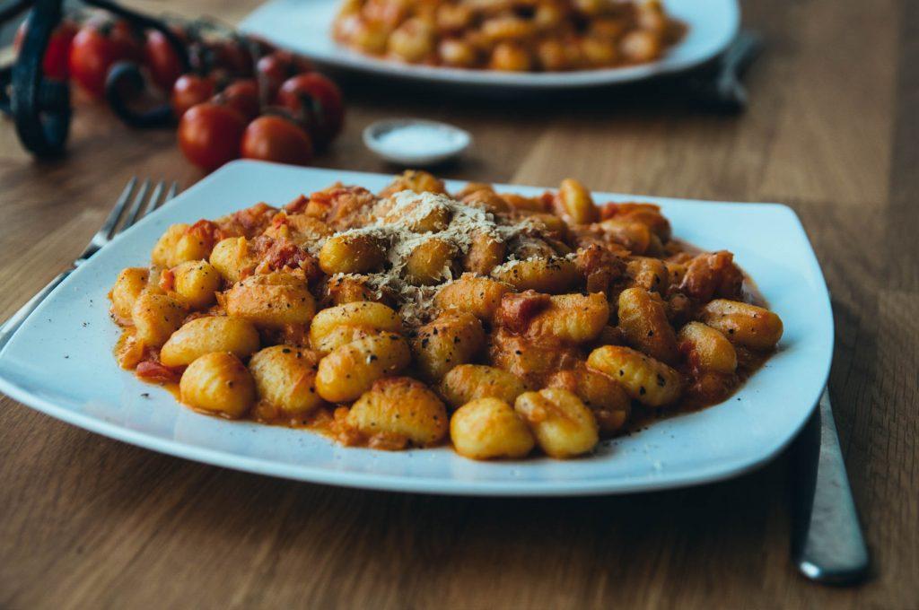 gnocchi, creamy recipes, toamtoe sauce, vegan recipe, homemade tomato sauce