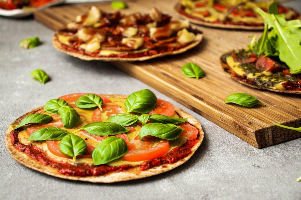 tomato basil pizza, easy pizza, tortilla tomato basil pizza, quick pizza, vegan pizza